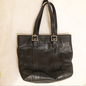 Coach leather handbag in black great condition
